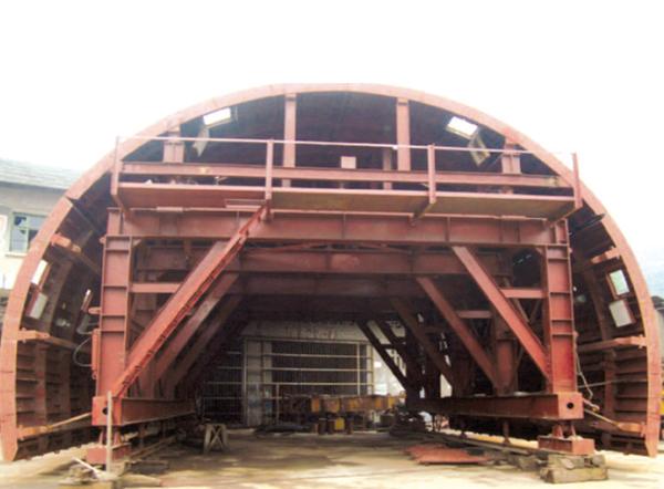 隧道用台车