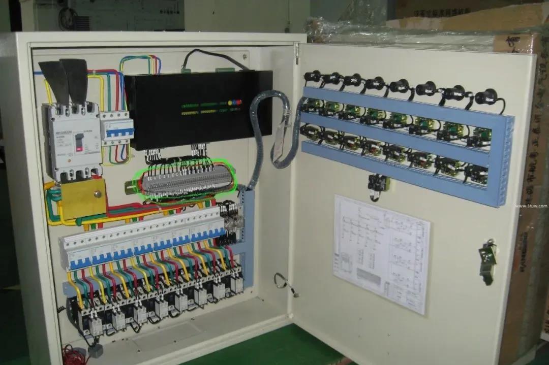 配电箱、配电柜的尺寸确定、安装方法,以及接线方式!