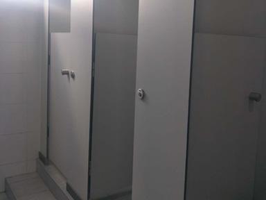 重庆竹纤板卫生间隔断