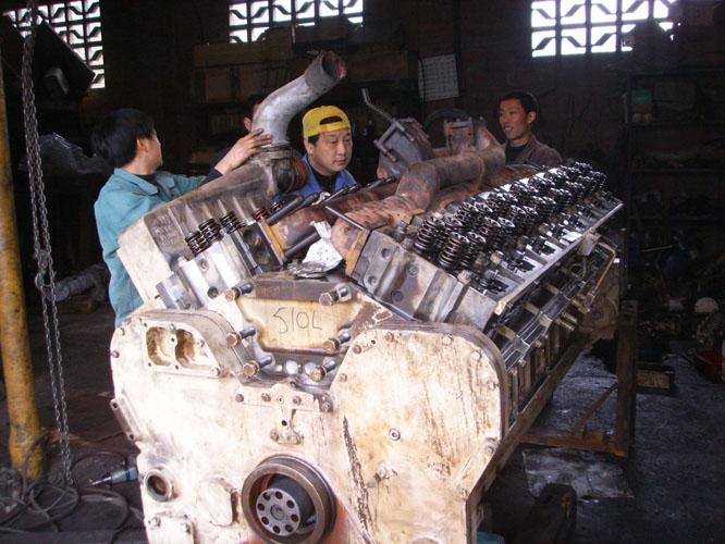 K50發動機維修中