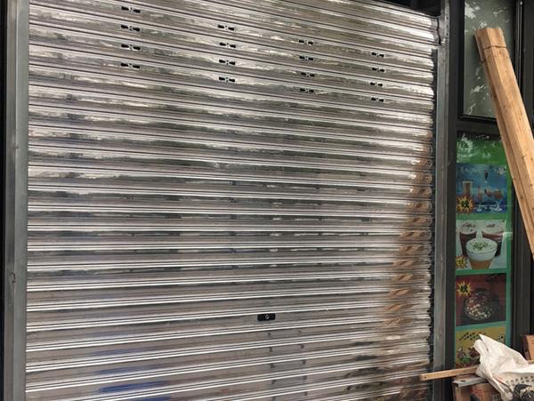 重庆铝合金卷帘门安装