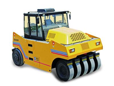 XG630P轮胎式压路机