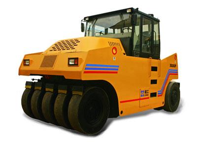 XG626P轮胎式压路机
