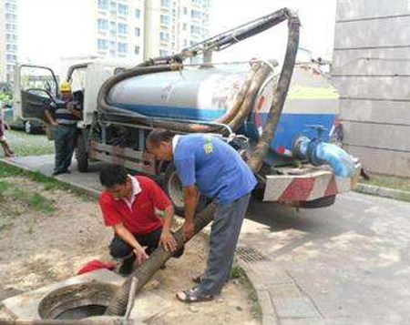 疏通自己房子的下水道时有着哪些方法