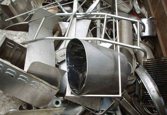 废旧钢铁水桶收购