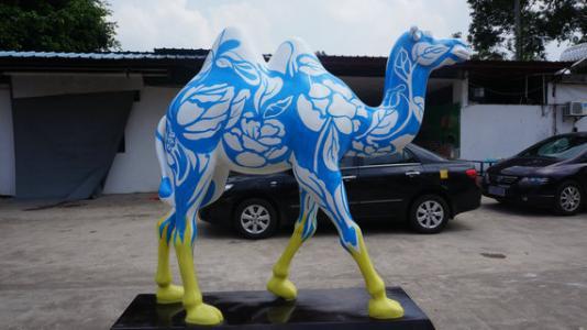 根据要制作的玻璃钢德赢亚洲,成型工艺一般是手糊
