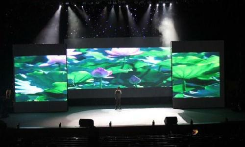 重庆LED显示屏厂家先容LED显示屏的控制系统