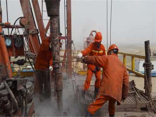 钻井介绍工程钻井机主要特点