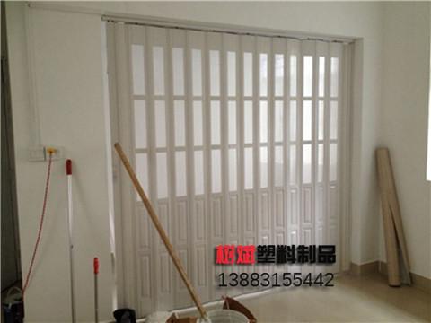 廚房PVC折疊門