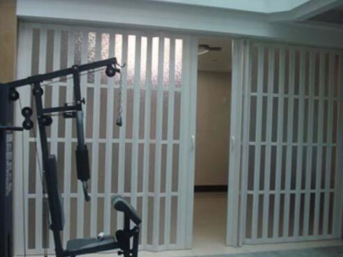 折叠门在安装时的小技巧