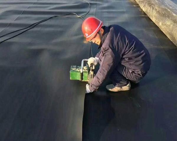 防渗膜施工焊接的主要方法