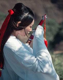 贺加贝  摄影培训学校