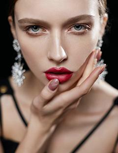 长沙学化妆学费是多少?长沙哪所化妆学校好?