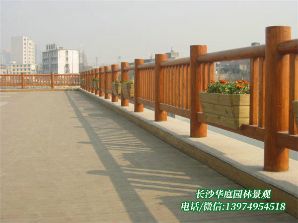 防腐木护栏2