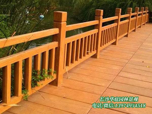 防腐木护栏9