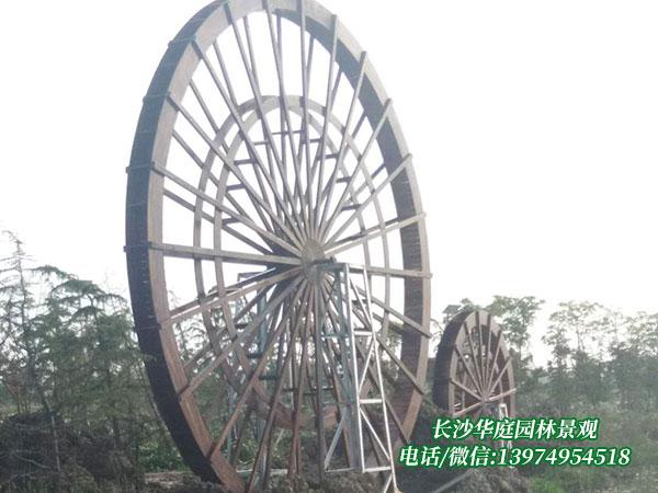 防腐木水车4