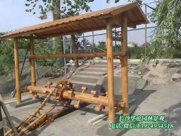 防腐木水车5