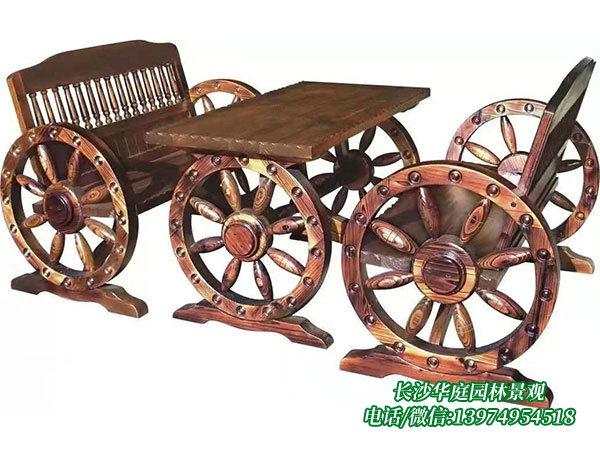 防腐木桌椅6