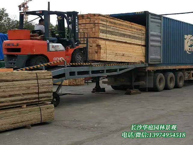 防腐木木材10
