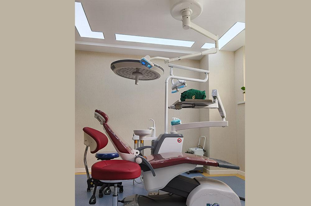 襄州种牙详解选择小诊所做种植牙是否可靠呢