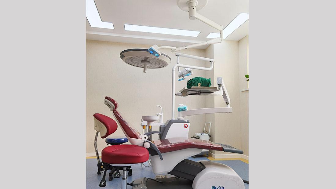 微创无痛种植牙齿
