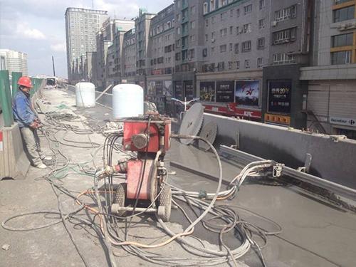 湖南防撞墙切割工程