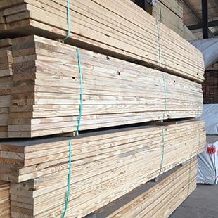南方松木板