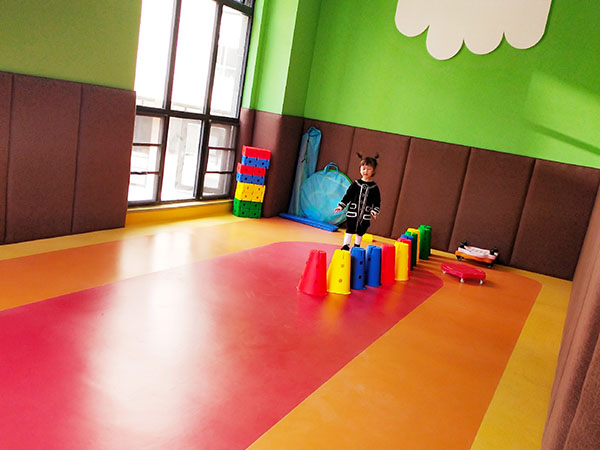 婴幼儿托管中心活动室