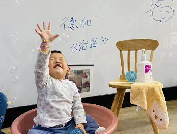 云南托管班艺术课