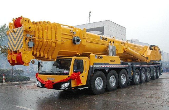 260吨吊车出租