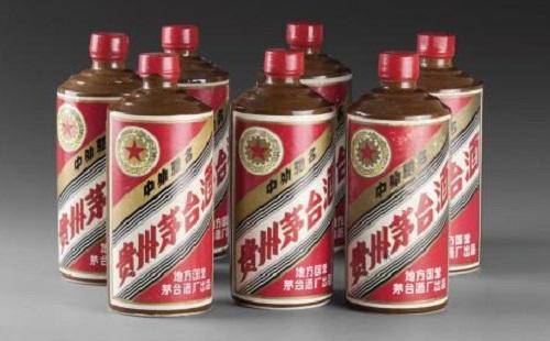 教你一眼鉴北京回收茅台老酒瓶帽的历年变化