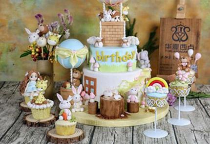 翻糖蛋糕是什么,与普通奶油蛋糕有什么区