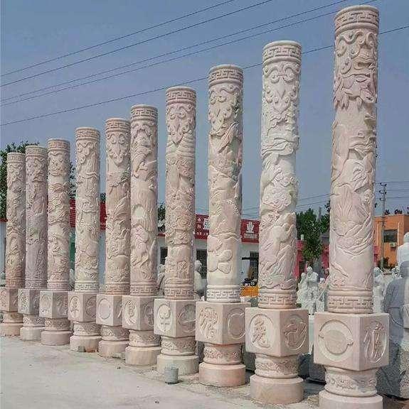 襄阳石雕龙柱