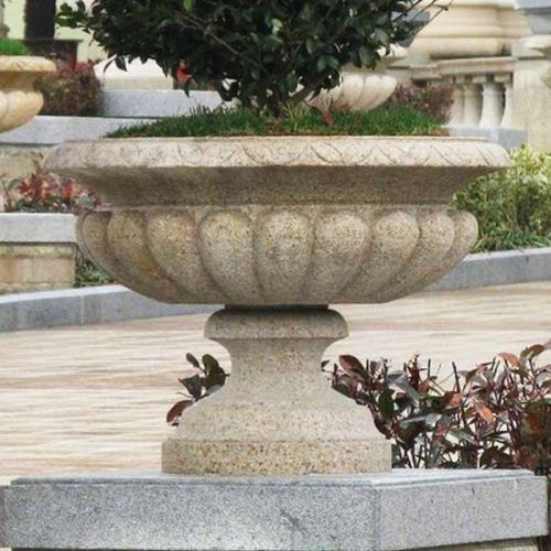 小区石制花盆