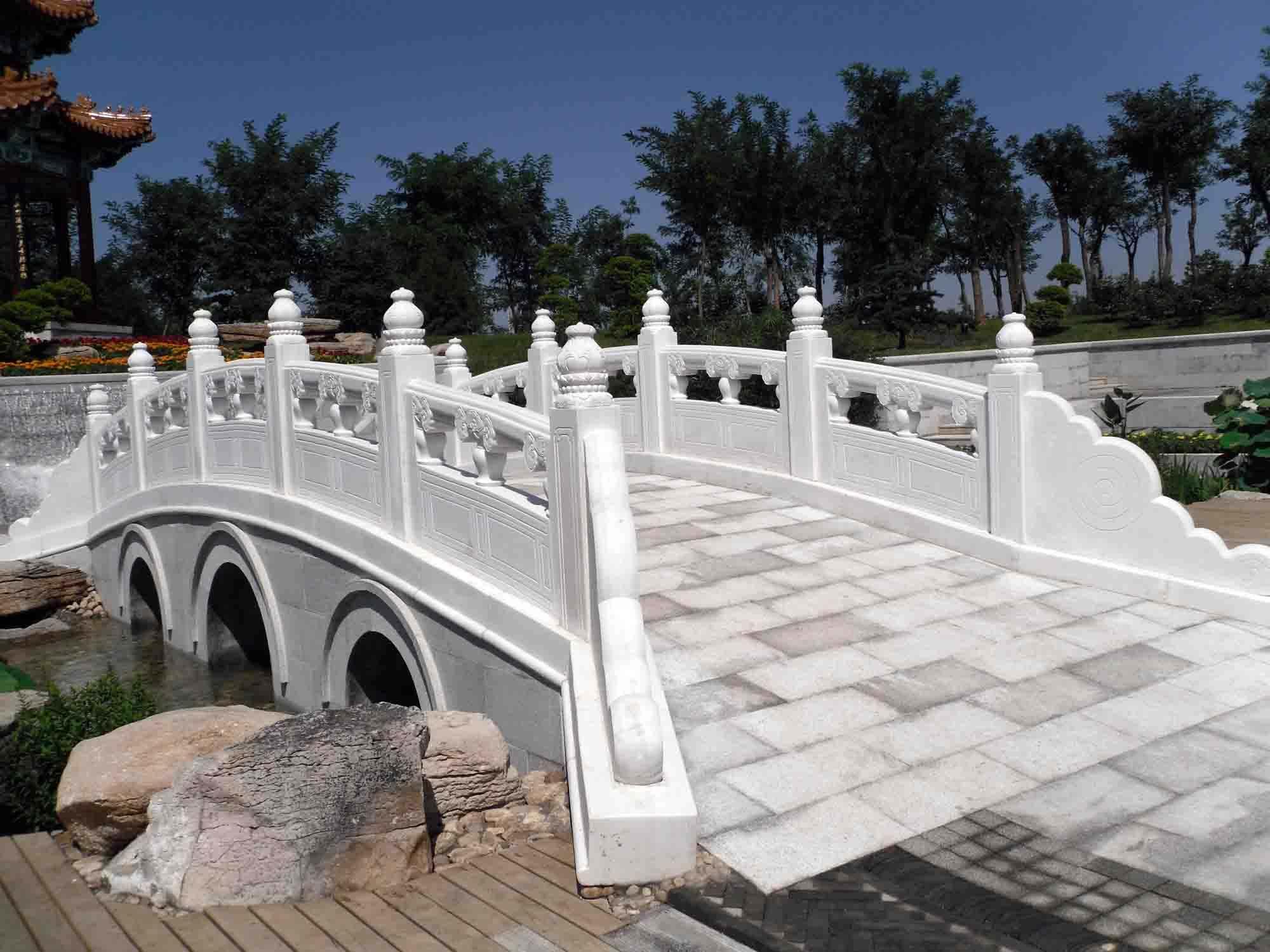 拱桥石雕栏杆