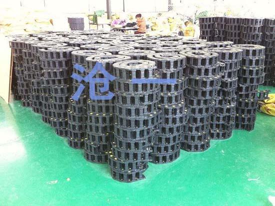 塑料拖链厂家
