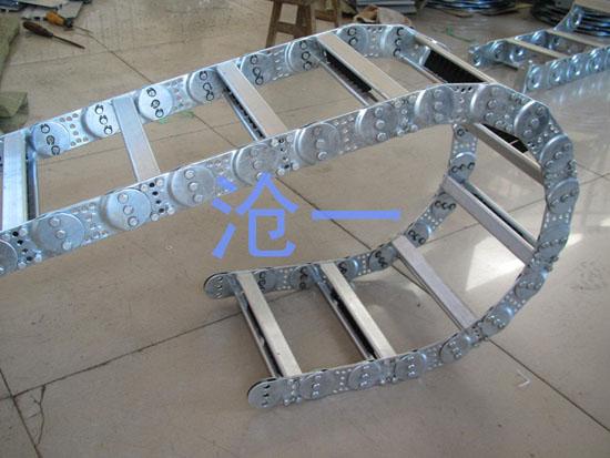 隔离班钢制拖链