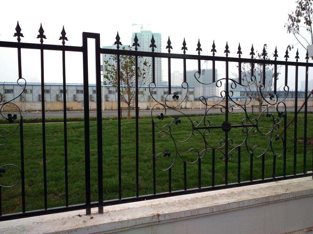 洛阳/平顶山铸铁护栏的使用优势