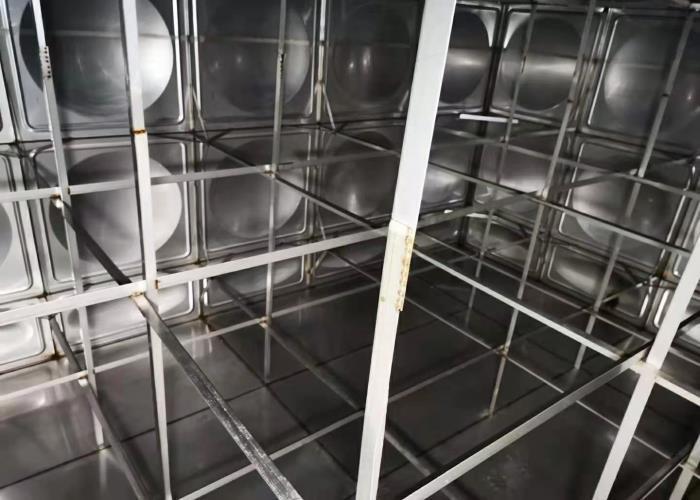 高层不锈钢水箱清洗