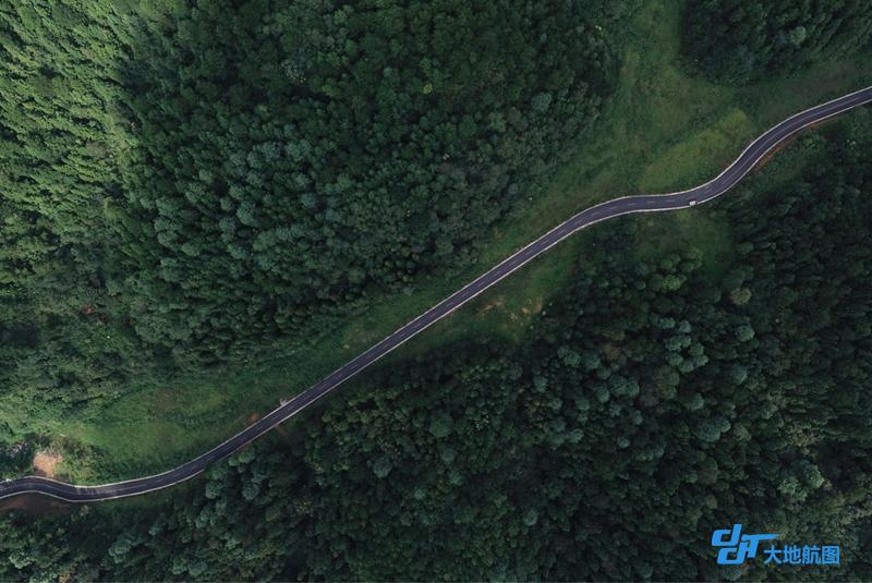 孟谷公路,贵州航拍