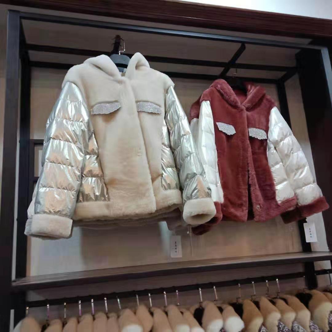 羊绒大衣的含绒量不同具有很大的差别