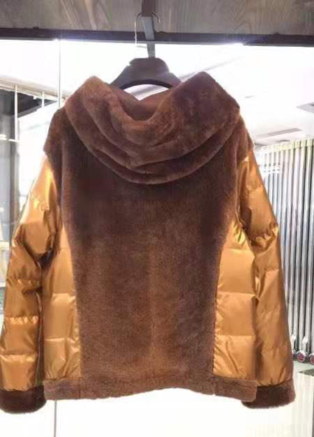 高档羊绒定制大衣