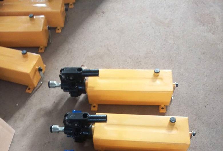 高压手动泵