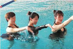 水上瑜伽哪家专业