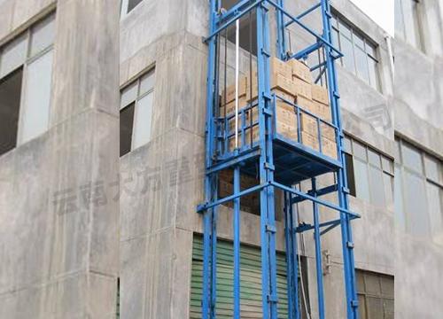 为了更安全的作业,所以起重机的使用管理以及安全要点要记牢!