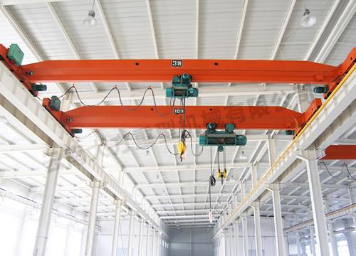 云南玉溪单双梁起重机所选用的钢结构有哪些特点?