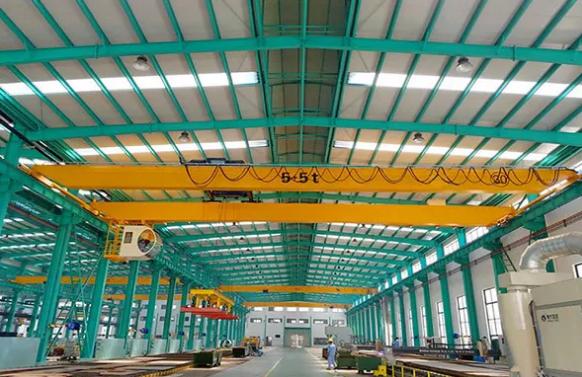 「單梁龍門吊」應用、型號、操作流程