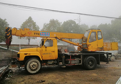 开阳55吨吊车