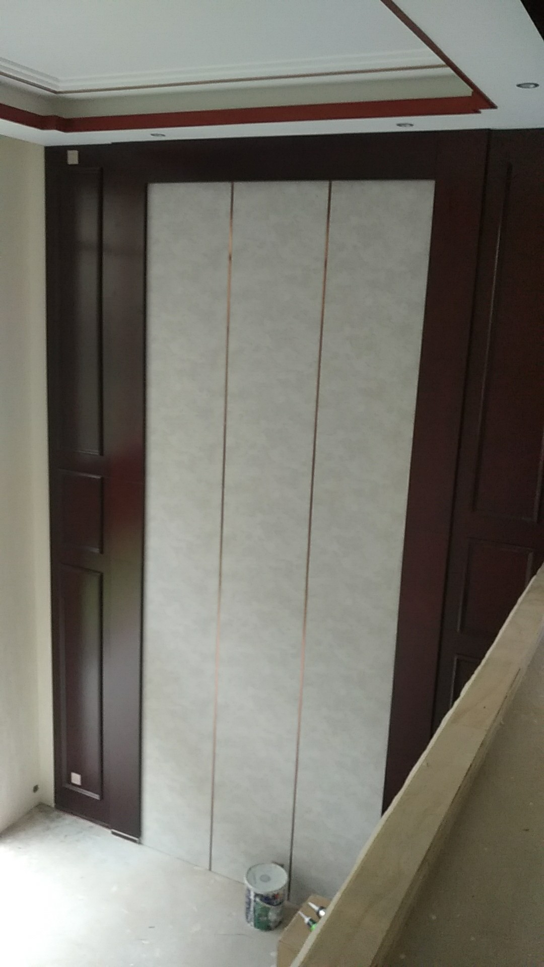 滇宸木业-长水航城墙板安装效果