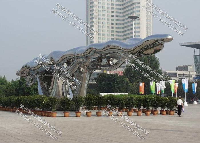 福州不锈钢房地产雕塑